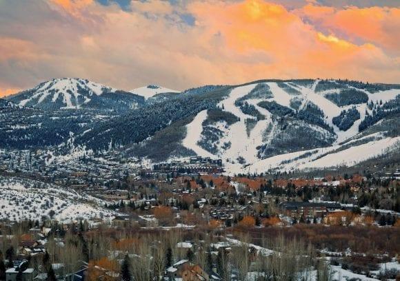 Powder Tools Snowboard Shop